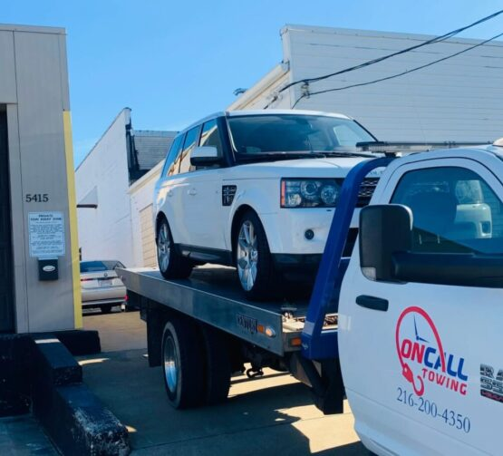 Maple Heights Towing Service by On-Call Ohio Tow Trucks 44137